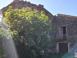 Photo - Farmhouse, to be refurbished, 200 sq.m., Isola del Liri