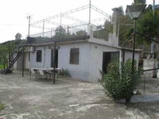 Photo - Detached house corso Vittorio Emanuele II, Piedimonte Etneo