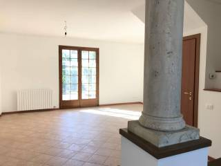 Photo - Terraced house 4 rooms, excellent condition, Albignano, Truccazzano