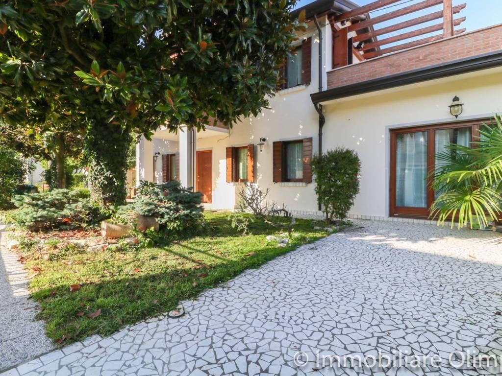 foto  Villa bifamiliare via della Conciliazione 3, Fossalta di Piave
