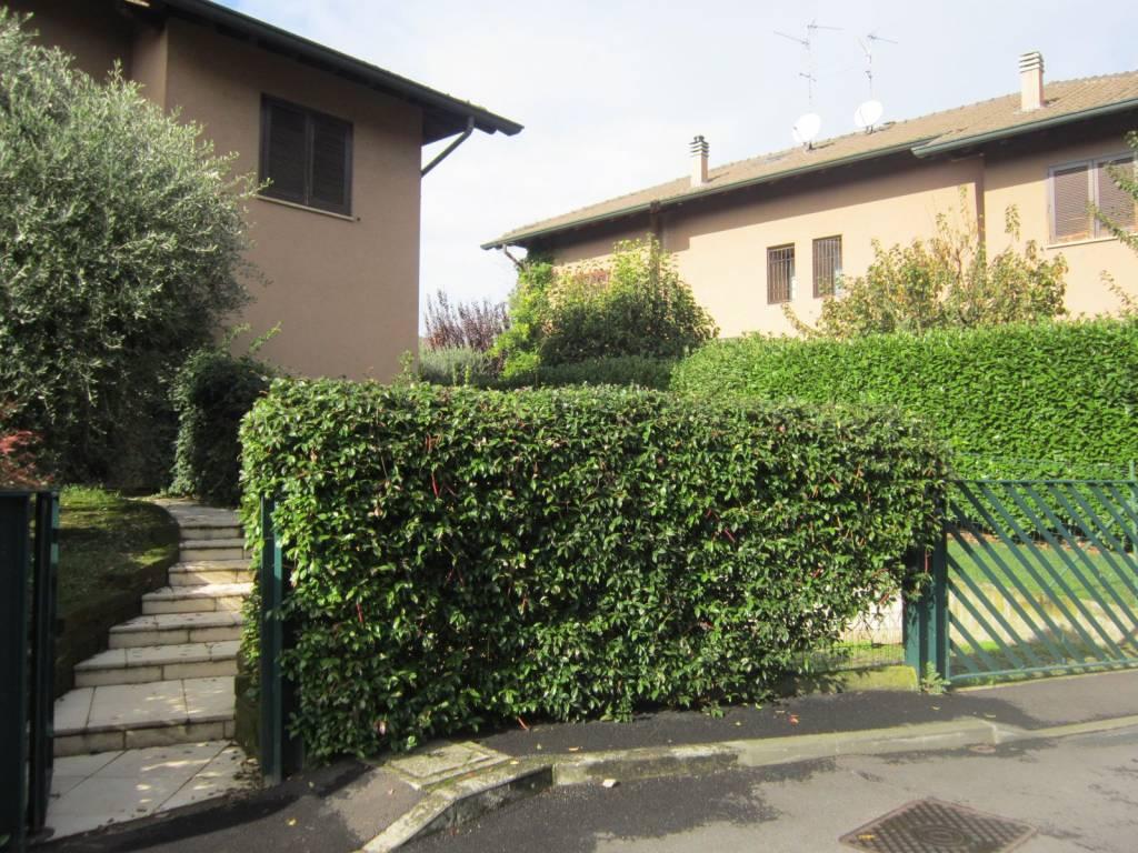 foto esterno Multi-family villa viale Sarmazzano, Vizzolo Predabissi