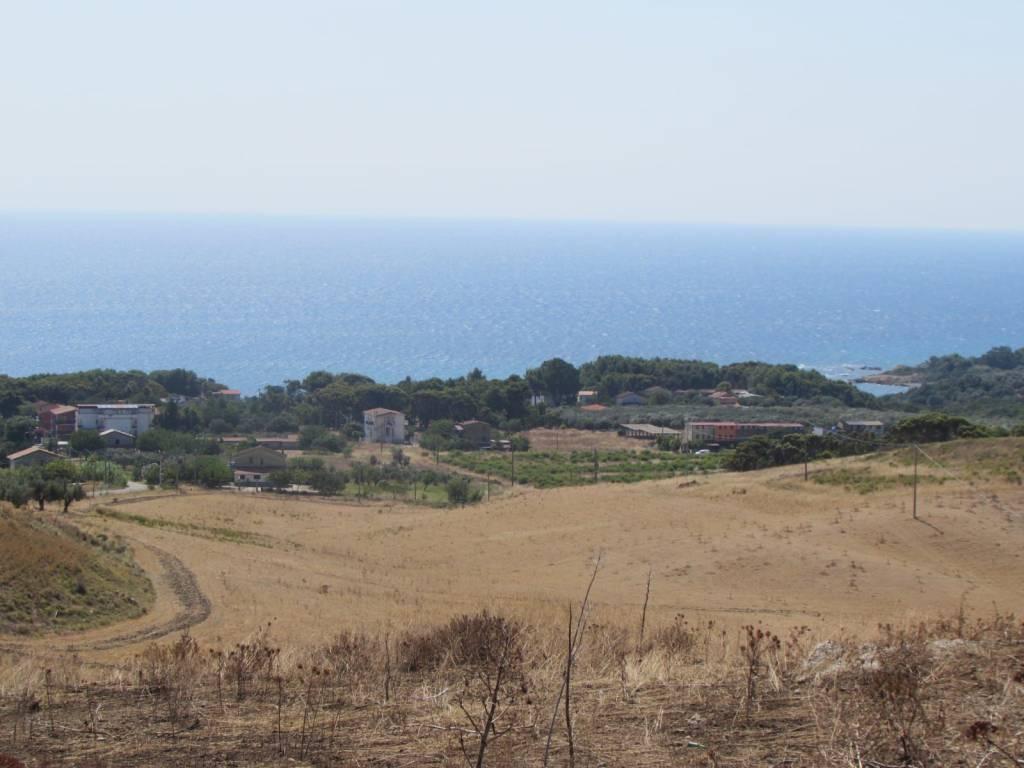 foto  Residential building plot in Isola di Capo Rizzuto