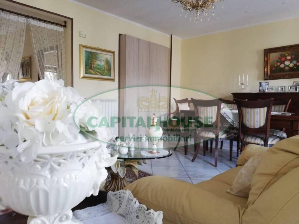 foto salone Detached house Strada Provinciale Nola-Castellammare, San Gennaro Vesuviano