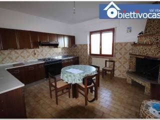 Photo - Apartment Strada Provinciale Fondovalle Salinello, Santa Eurosia, Civitella del Tronto