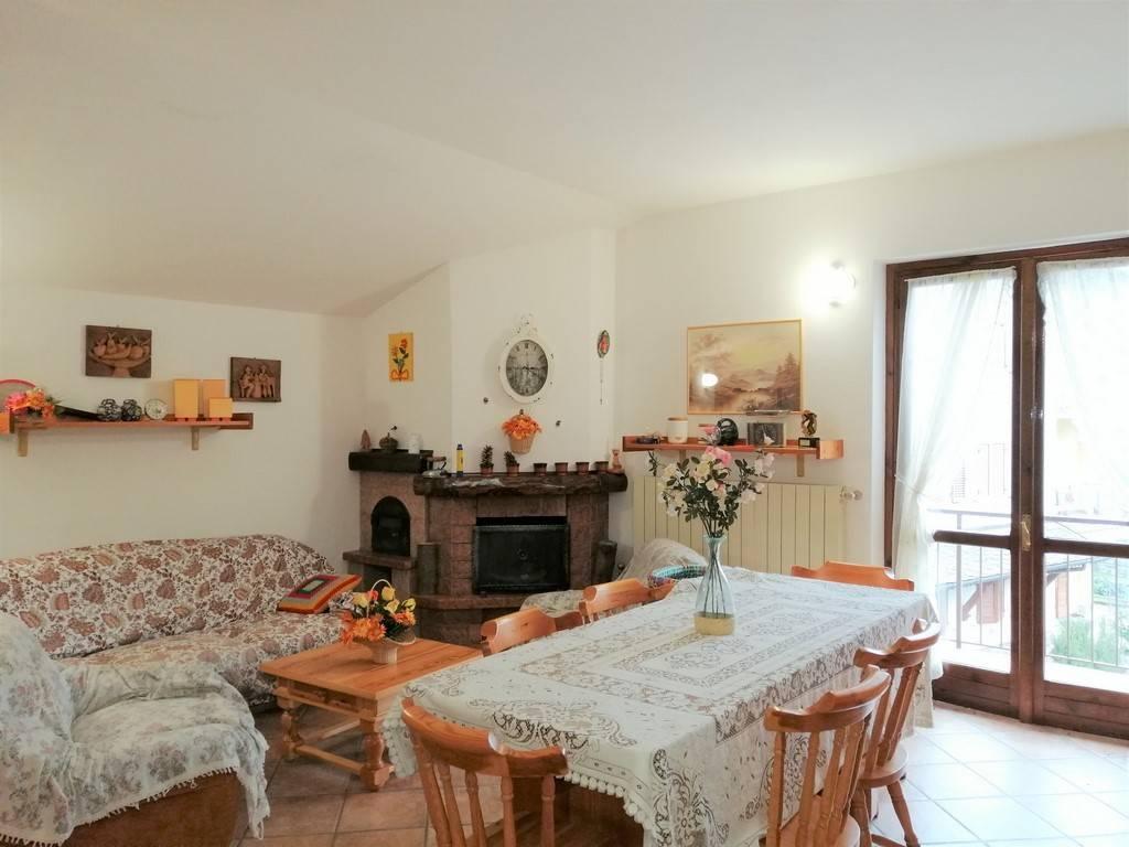 foto Soggiorno 3-room flat via Bani, Ardesio