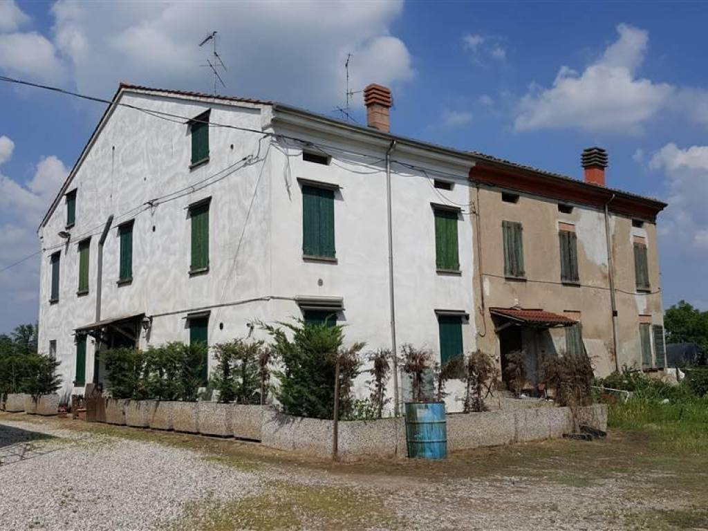 foto Foto Country house, to be refurbished, 250 sq.m., Luzzara