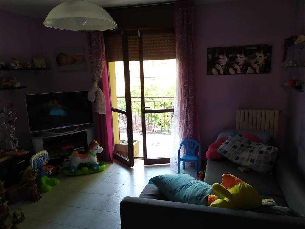 foto Foto Apartment excellent condition, third floor, Novellara