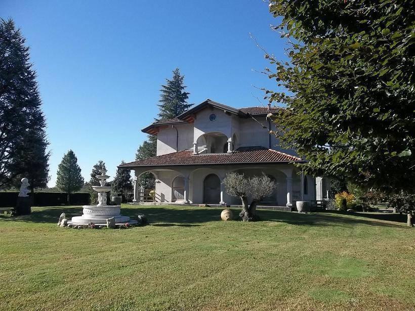foto  Villa unifamiliare, nuova, 400 mq, Gorla Maggiore