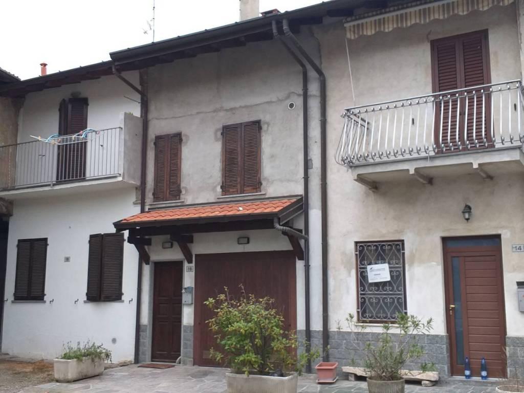 foto  Terratetto unifamiliare via Ingegner Giovanni Villa, Crosio della Valle