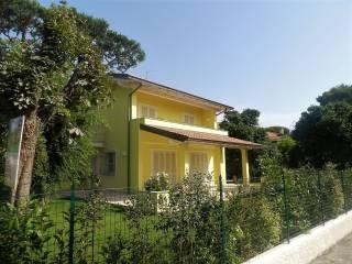 Foto - Villa unifamiliare via Giuseppe Mazzini, Forte dei Marmi