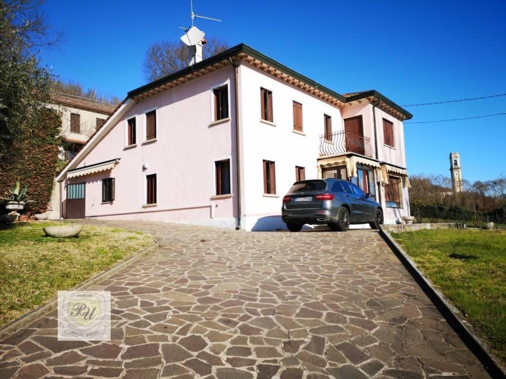 foto img 20190308 092657 Detached house via fontanon 28, Lozzo Atestino
