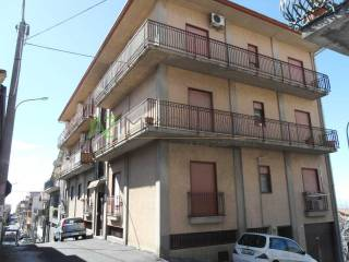 Photo - 3-room flat to be refurbished, second floor, Belpasso