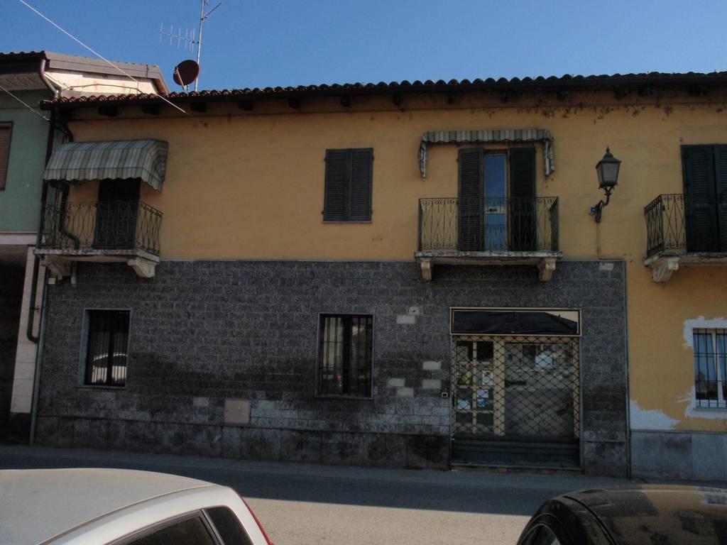 foto  Stabile o palazzo via Giuseppe Mazzini 46-A, Torrazza Piemonte