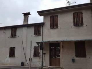 Photo - Country house via Sabbioni 12, Castagnaro