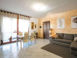 Photo - 3-room flat via Tonale, 22, Bovisio-Masciago