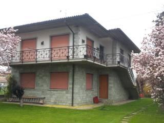 Photo - Single family villa, good condition, 210 sq.m., Pontirolo Nuovo