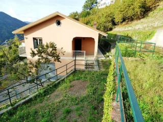 Photo - Detached house 220 sq.m., good condition, Mezzanego