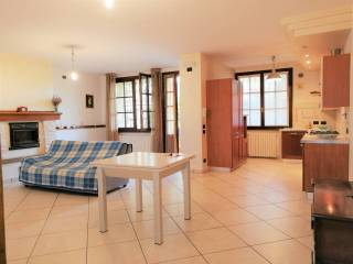Photo - Terraced house 5 rooms, good condition, Pernumia