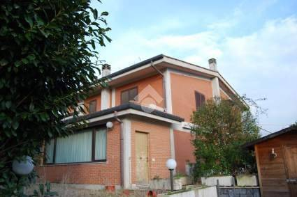 foto  Terraced house 4 rooms, good condition, Gallicano nel Lazio