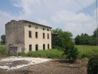 Photo - Country house, to be refurbished, 380 sq.m., Valeggio sul Mincio