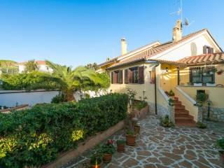 Photo - Terraced house via Tagliamento, Tor San Lorenzo - Nuova California, Ardea