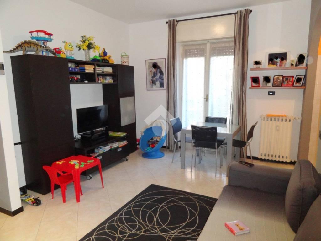 foto soggiorno 2-room flat via Leonardo da Vinci, Bussero