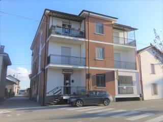 Photo - 4-room flat via Isonzo 2, Bricco, Cherasco