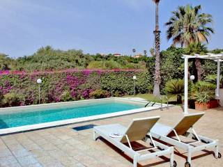 Photo - Villa bi-familiale via Giacinta Pezzana 23, Aci Castello