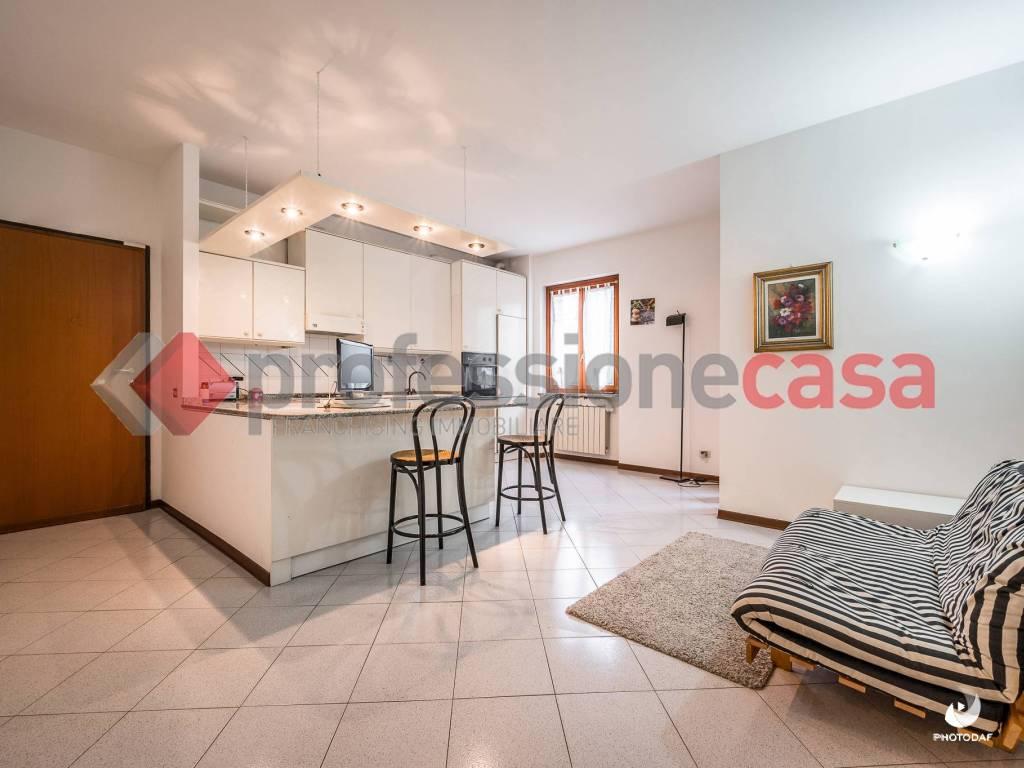 foto SPL 3-room flat via Giuseppe Garibaldi 8, Buccinasco