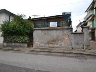 Foto - Rustico via Pieve, Montecchio Maggiore