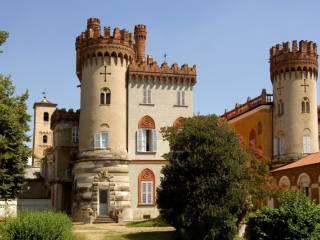 Photo - Castle piazza Martiri della Libertà, Favria