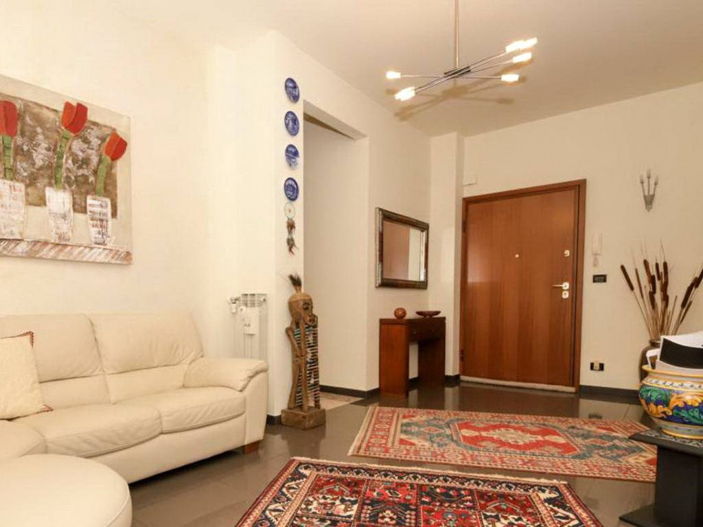 foto living 3-room flat via Sant'Alberto, Genova