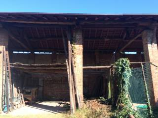 Photo - Country house, to be refurbished, 140 sq.m., Galliate