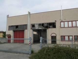 Photo - Magazzino all'asta via Baccanello, 4, Terno d'Isola