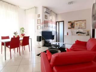 Photo - 4-room flat via Vescovo Garibaldo, 3C, Inzago