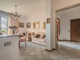 Photo - 4-room flat via Isonzo 64, Mariano Comense