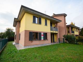 Foto - Trilocale via Giuseppe Levati 3, Concorezzo