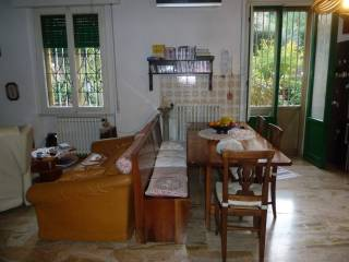 Photo - 4-room flat via Ugo Foscolo, Settimello, Calenzano