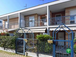 Photo - Terraced house via Alessandro Volta 67, Settimo Torinese