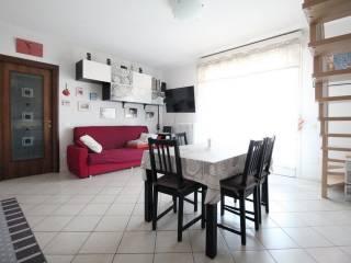 Photo - 3-room flat excellent condition, top floor, Coviolo - Roncina, Reggio Emilia