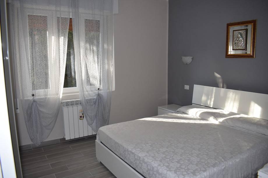 foto  Piso de tres habitaciones via Roma, Serina