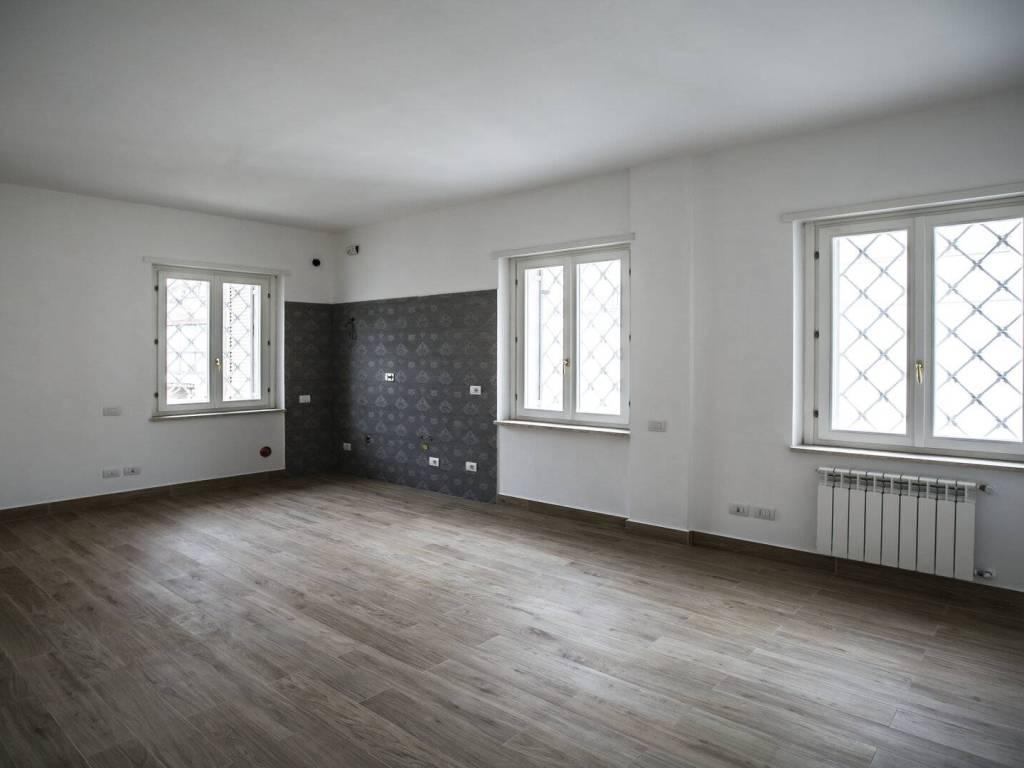 Vendita Appartamento Roma. Monolocale in via Giacinta ...