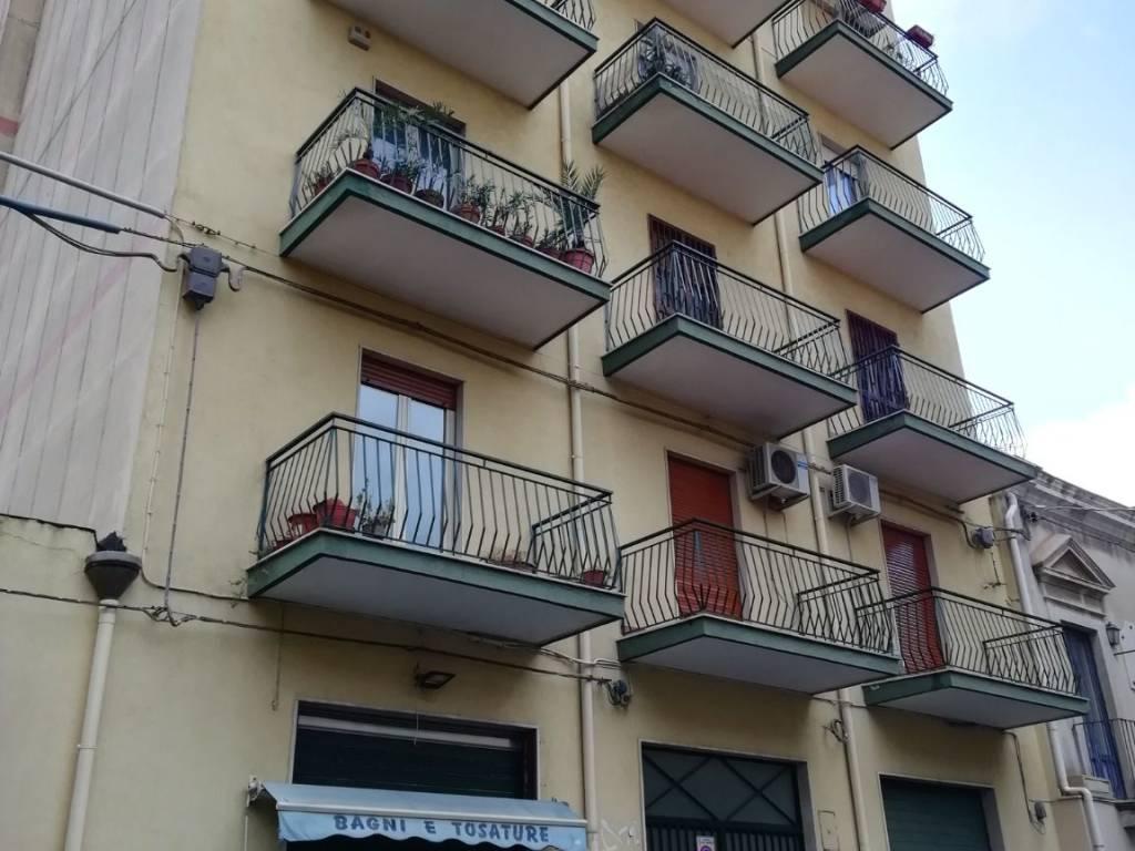 foto  4-room flat via Vittorio Emanuele, Aci Sant'Antonio