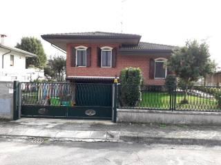 Photo - Single family villa, excellent condition, 190 sq.m., Villadose
