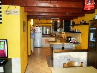 Фотография - Трехкомнатная квартира via Indipendenza 15, Fenegrò