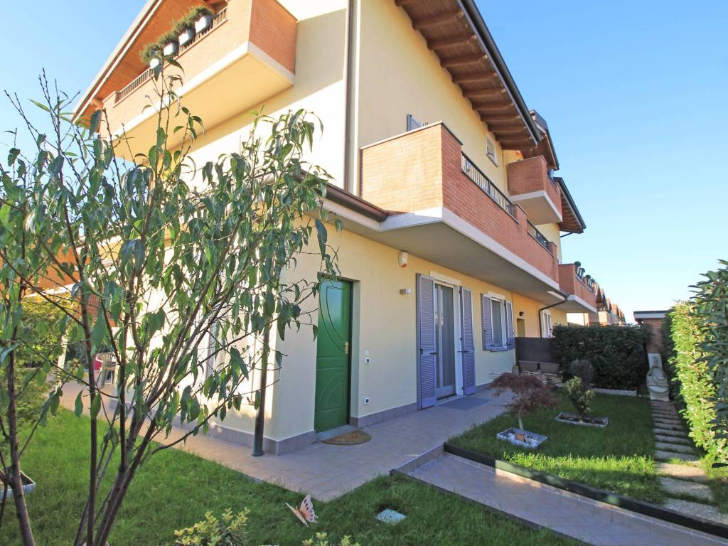 foto Esterno 3-room flat via Unità d'Italia 1, Cassano d'Adda