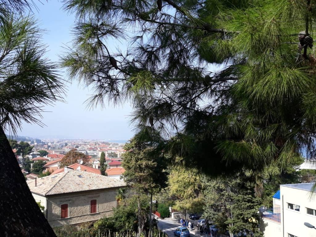 foto  Τριάρι via San Rocco, Francavilla al Mare