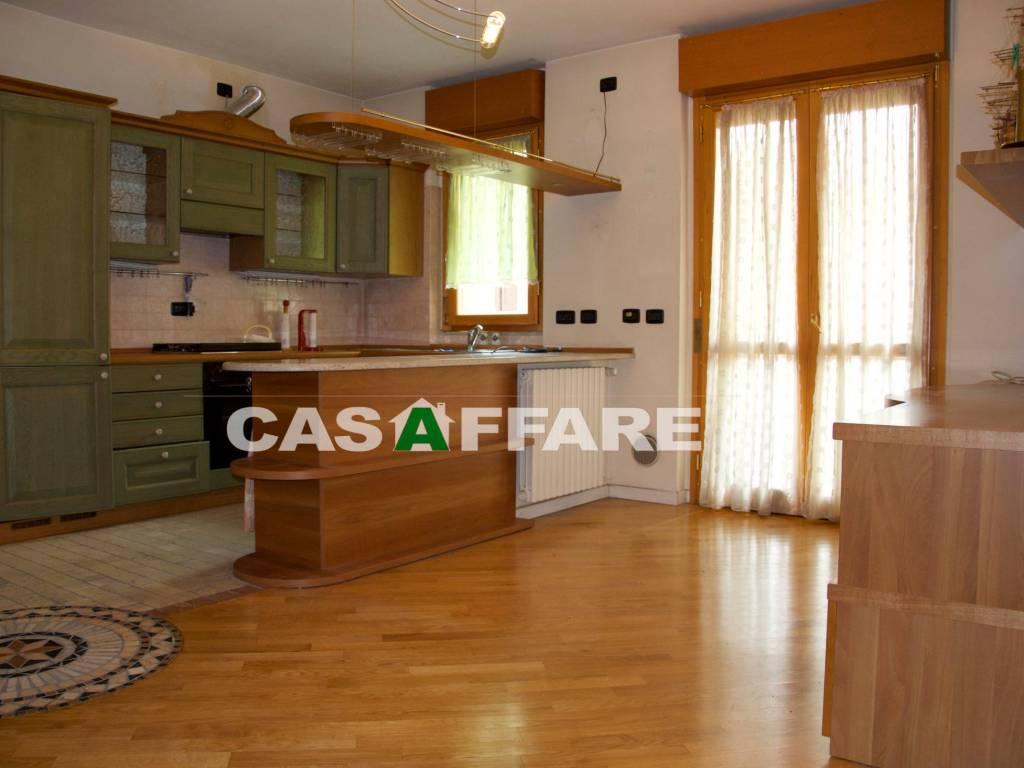 foto 1 3-room flat via Giovanni Adelasio, Ranica