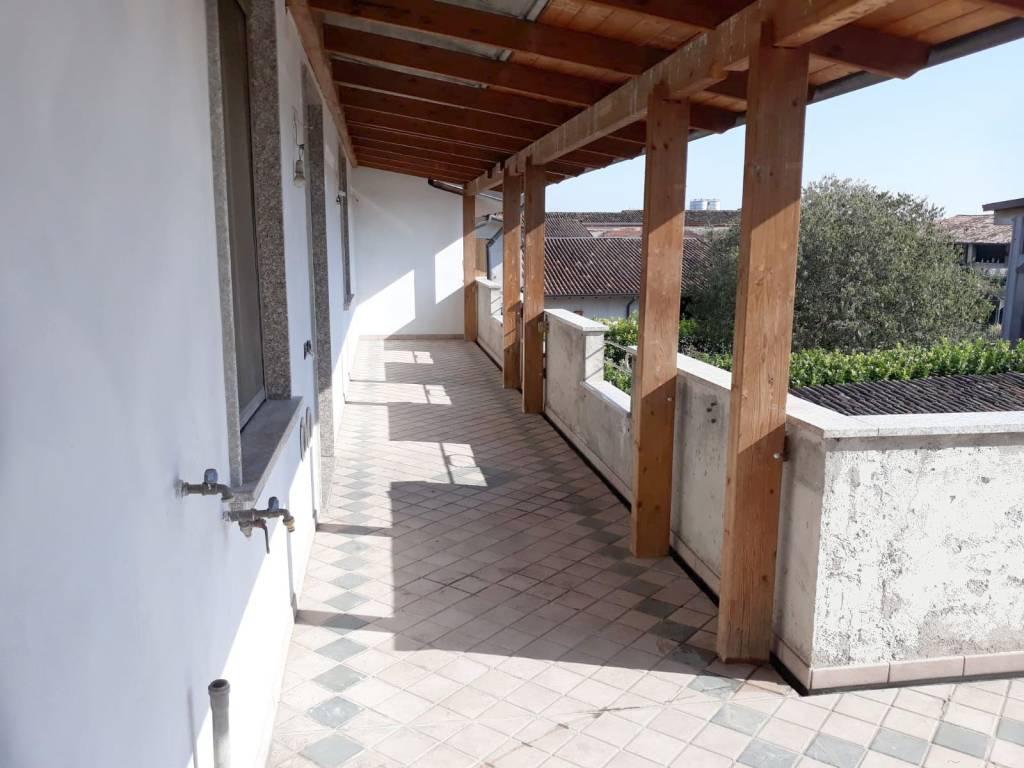 foto 1 Quadrilocale via Erculiani, Montichiari