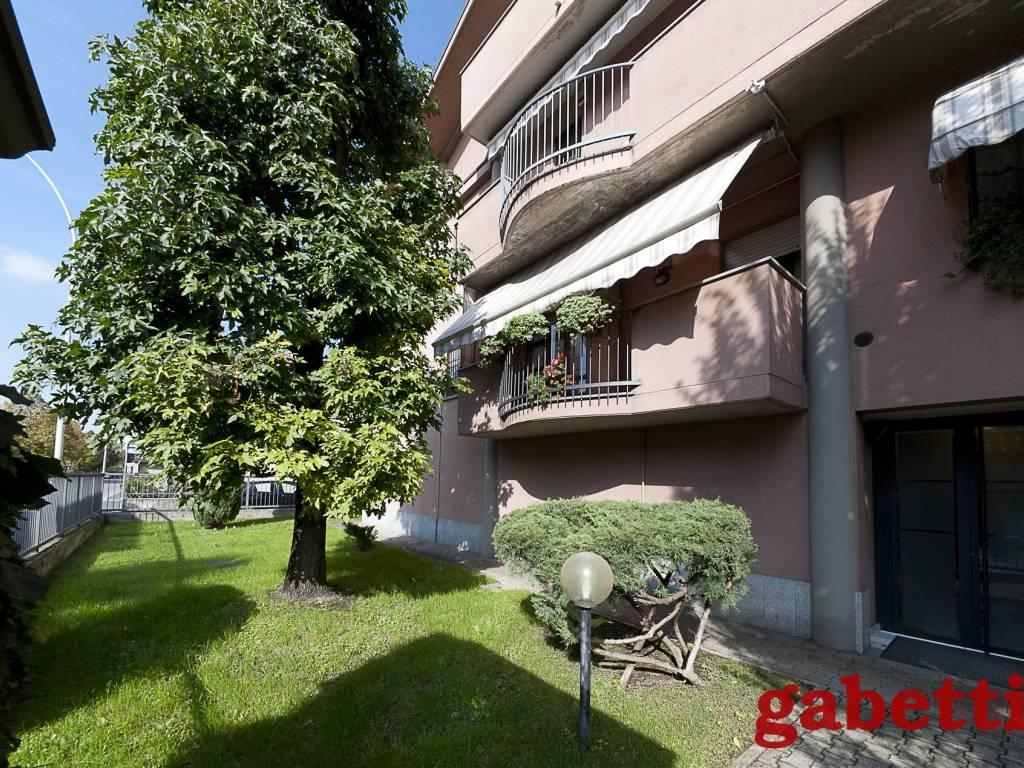 foto Giardino 4-room flat via Vincenzo Bellini 2-C, Gorgonzola